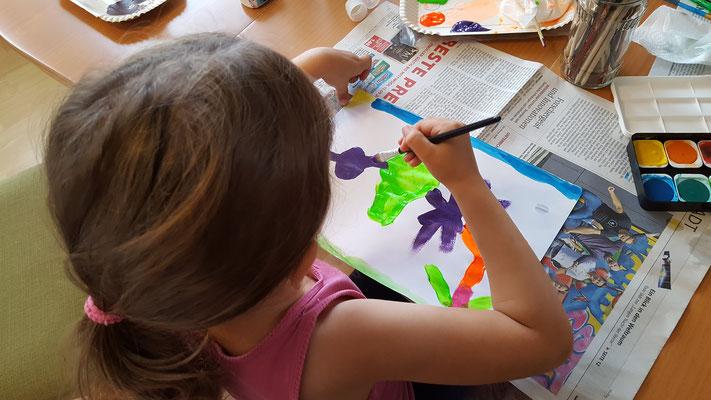 Wir malen bei Oma und Opa