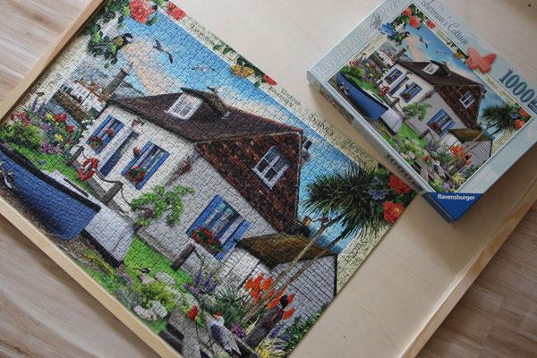 Das fertige Ravensburger Puzzle auf meiner Puzzle-Unterlage
