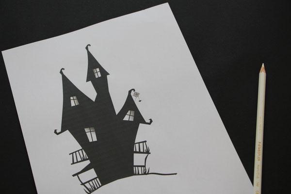 Vorlage für ein Hexenhäuschen, schwarzes Tonpapier und weißer Buntstift