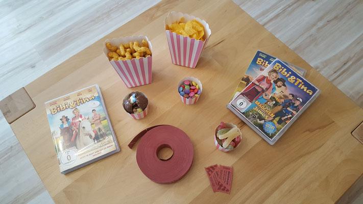 Bibi & Tina-Filme, Süßigkeiten in Boxen und Eintrittskarten für ein Heimkino