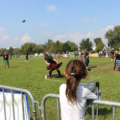 Steinstossen bei den Mainland Games in Rüsselsheim