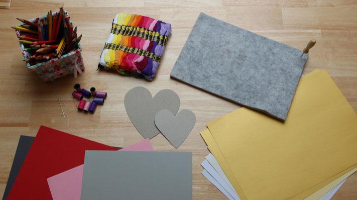 Bastelmaterialien für Herzkarte zum Muttertag