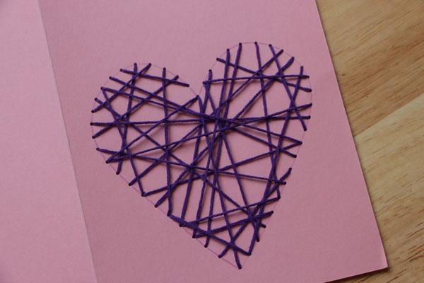 fertiges Herz aus Fäden