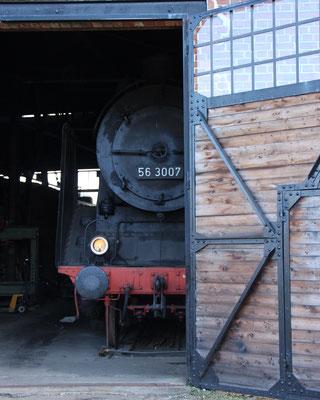 Eine Dampflok auf dem Dampflokfest Kranichstein