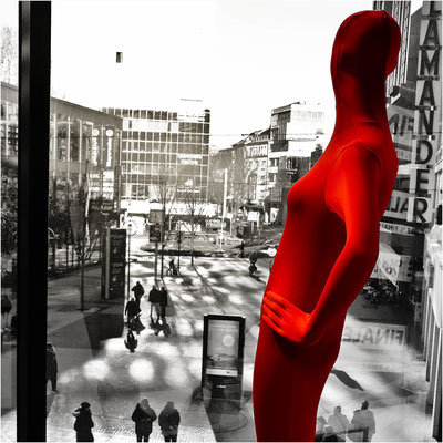 Bild 12 - Lady in Red