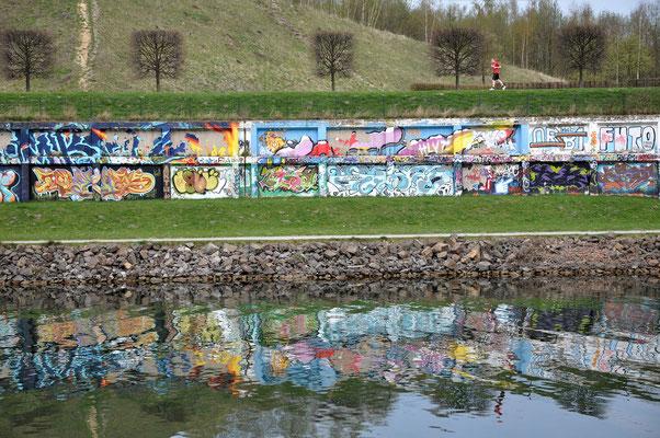 Bild 3: Am Kanal