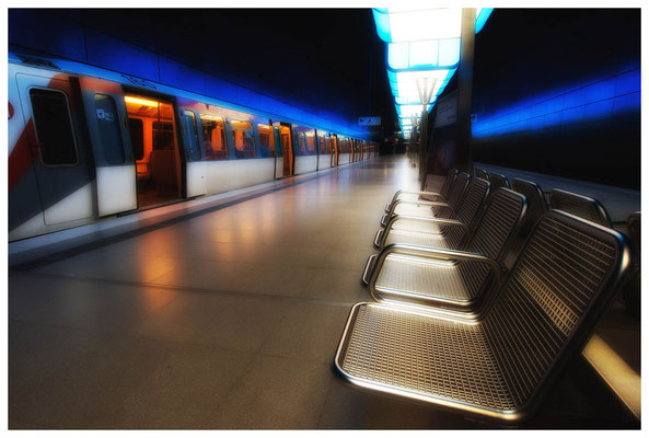 Bild 3  U-Bahnhaltestelle
