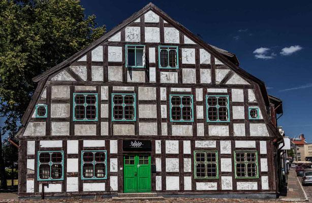 Bild 2 - Uriges Haus