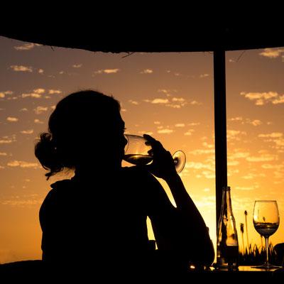 Bild 5 - Rotwein zum Sonnenuntergang