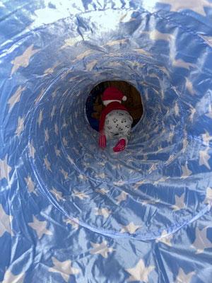 Bild 7: Weihnachtsmann im Tunnel