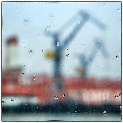 Bild 4 - Hafenrundfahrt im Regen