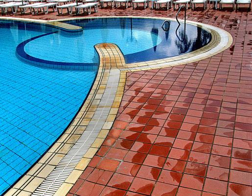 Bild 3 - Schwimmbad