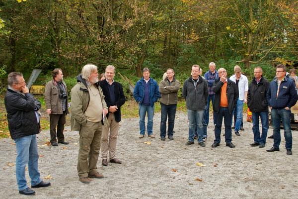 Burkhard Kriesten, Leiter des Biologiezentrums, dankt allen Beteiligten.