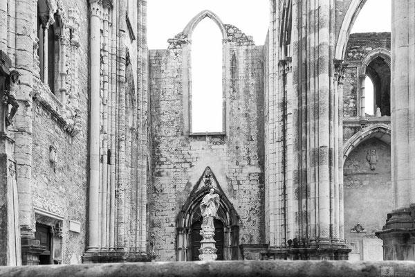 """La """"chiesa senza tetto"""" - Igreja Do Carmo (Chiesa del Carmine) a Lisbona"""