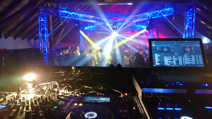 Flashback-Party im Gutshof Herborn