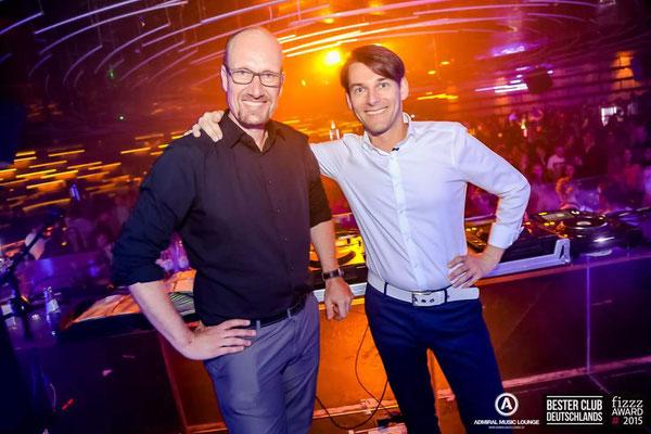 DJ Chris Sharp und DJ Mike Skott im Admiral Gießen