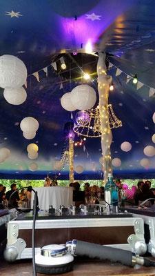 Partyzelt für eine Hochzeit