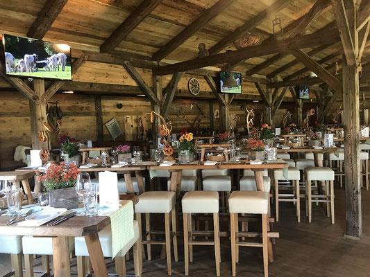 Urige Firmenveranstaltung in München mit Catering und Barservice