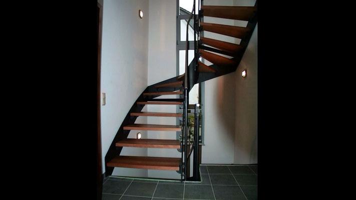 treppen gel nder f r au en treppen klaes. Black Bedroom Furniture Sets. Home Design Ideas