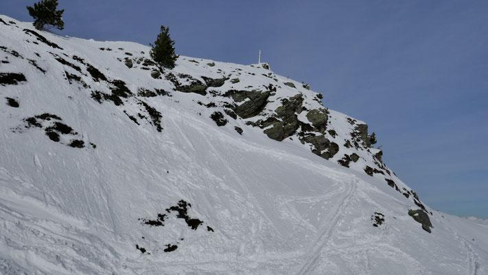 Mit Ski direkt zum Gipfelkreuz