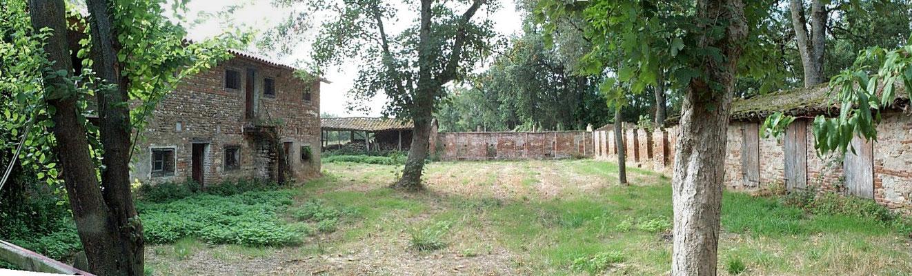 Les Gîtes de la Soursol en 2005 n'étaient alors que des porcheries et un poulailler en ruines!