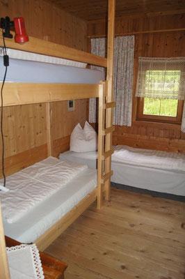 Dreibettzimmer (mit Stockbett)