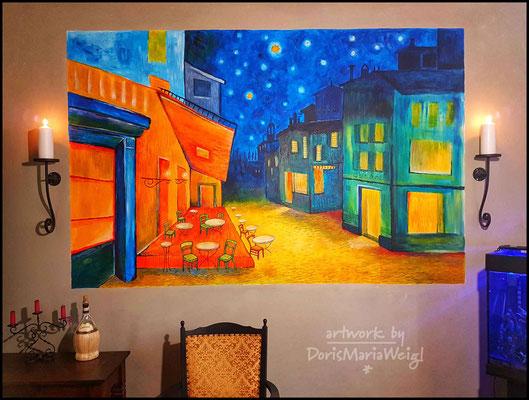 """Wandgemälde  2018   ...inspiriert von van Goghs """"Caféterrasse am Abend"""" - Doris Maria Weigl"""