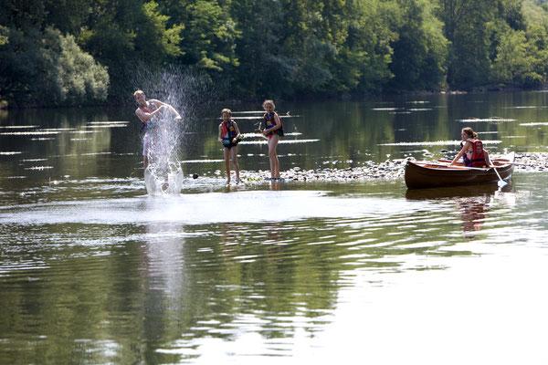 Canoe on the Dordogne river