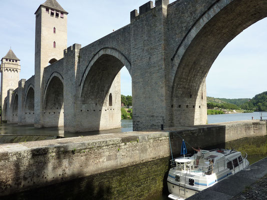 Valentré bridge lock in Cahors
