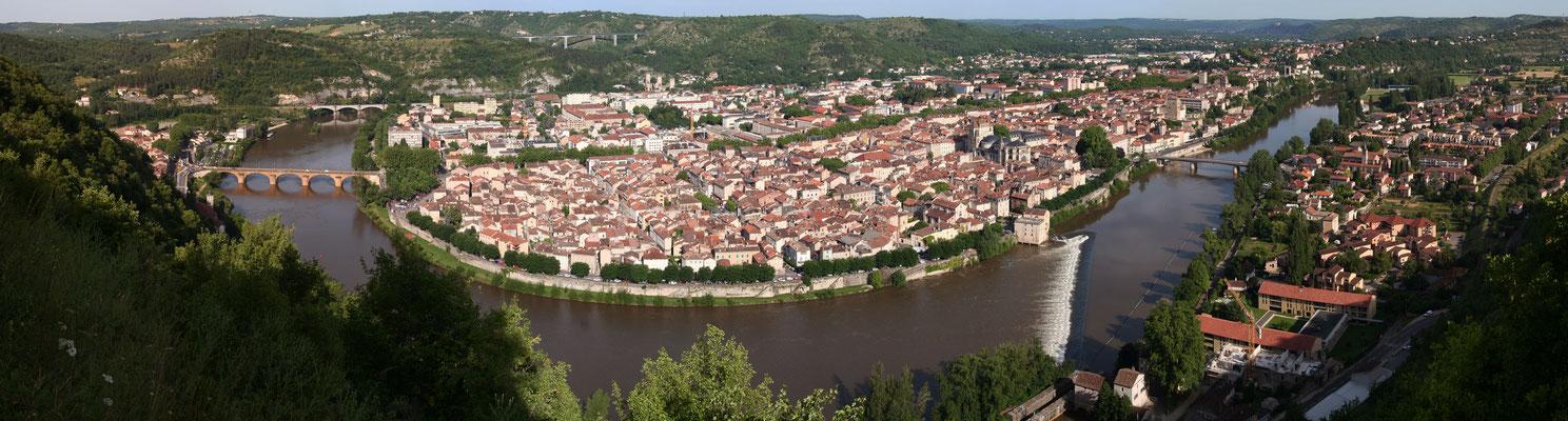 Panoramique de la ville de Cahors (J.Morel)