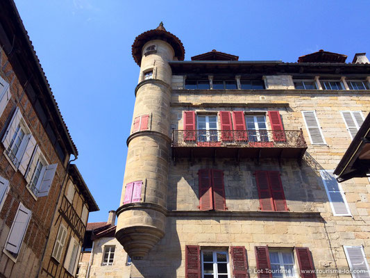 """Place Carnot"" in Figeac"