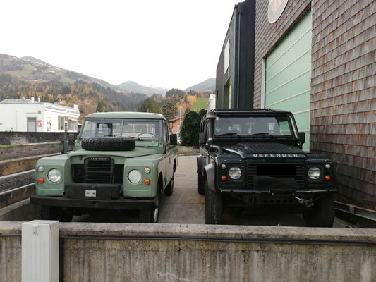 Land Rover Defender & Land Rover Serie III bei Schatzmeister 4x4 in Kolsass