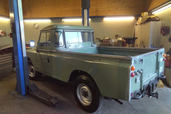 Land Rover Serie III bei Schatzmeister 4x4 (2)