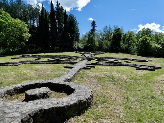 Labyrinthischer Mauerweg, Daniel Spörri