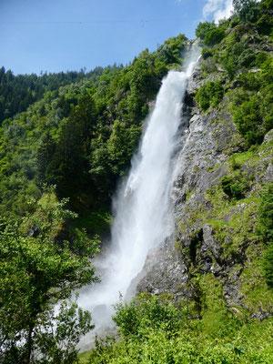 Wasserfall in voller Pracht