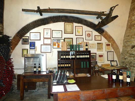 Verkaufsraum im Keller von San Giusto