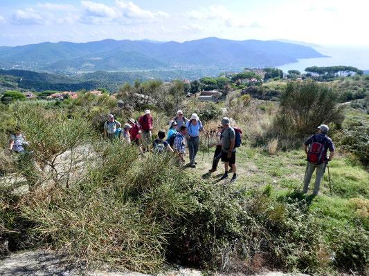 Auf dem Weg zur Ruine der Mulino di Moncione