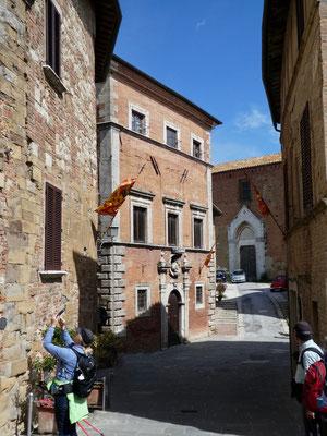 Palazzo Aragazzi Benincasa
