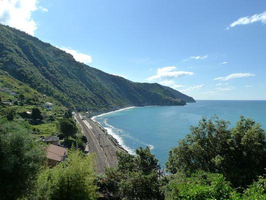 Blick Richtung Süden beim Aufstieg nach Corniglia