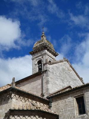 Turm der Collegiata-Kirche