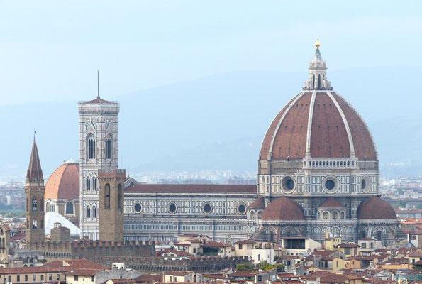 Blick auf die Kathedrale Santa Maria del Fiore vom Michelangelo-Platz