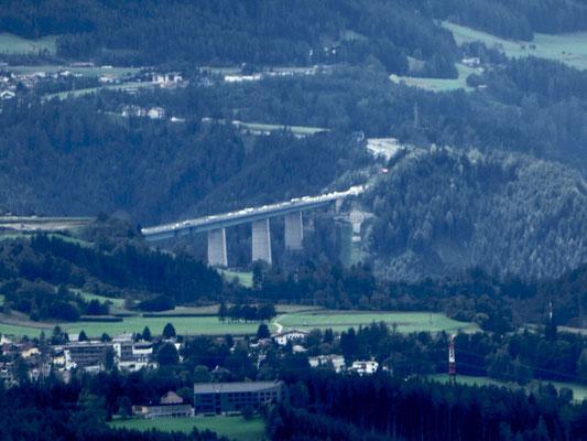 bis zur Europabrücke