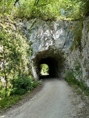 Tunnel vor der Klus