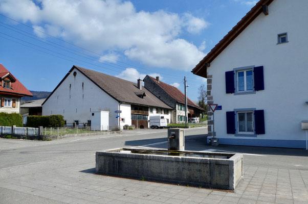 Dorfbrunnen in Courchapoix