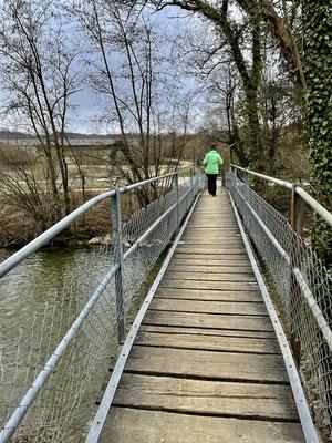 ussgängerbrücke über die Ergolz