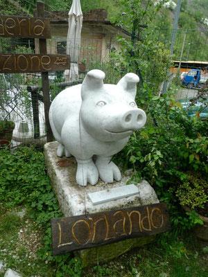 Lardo-Schwein aus Marmor