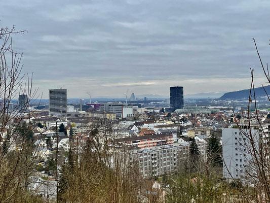 Blick über Pratteln Richtung Basel