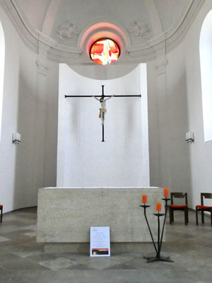 Kirchenschiff in Undervelier