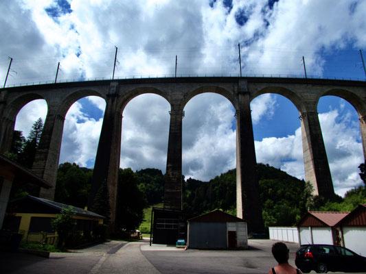 Viadukt in St. Ursanne
