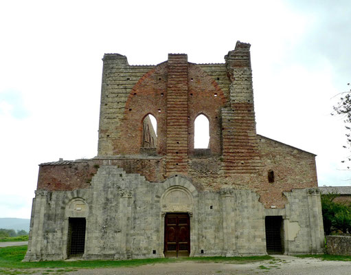 Fassade der Ruine